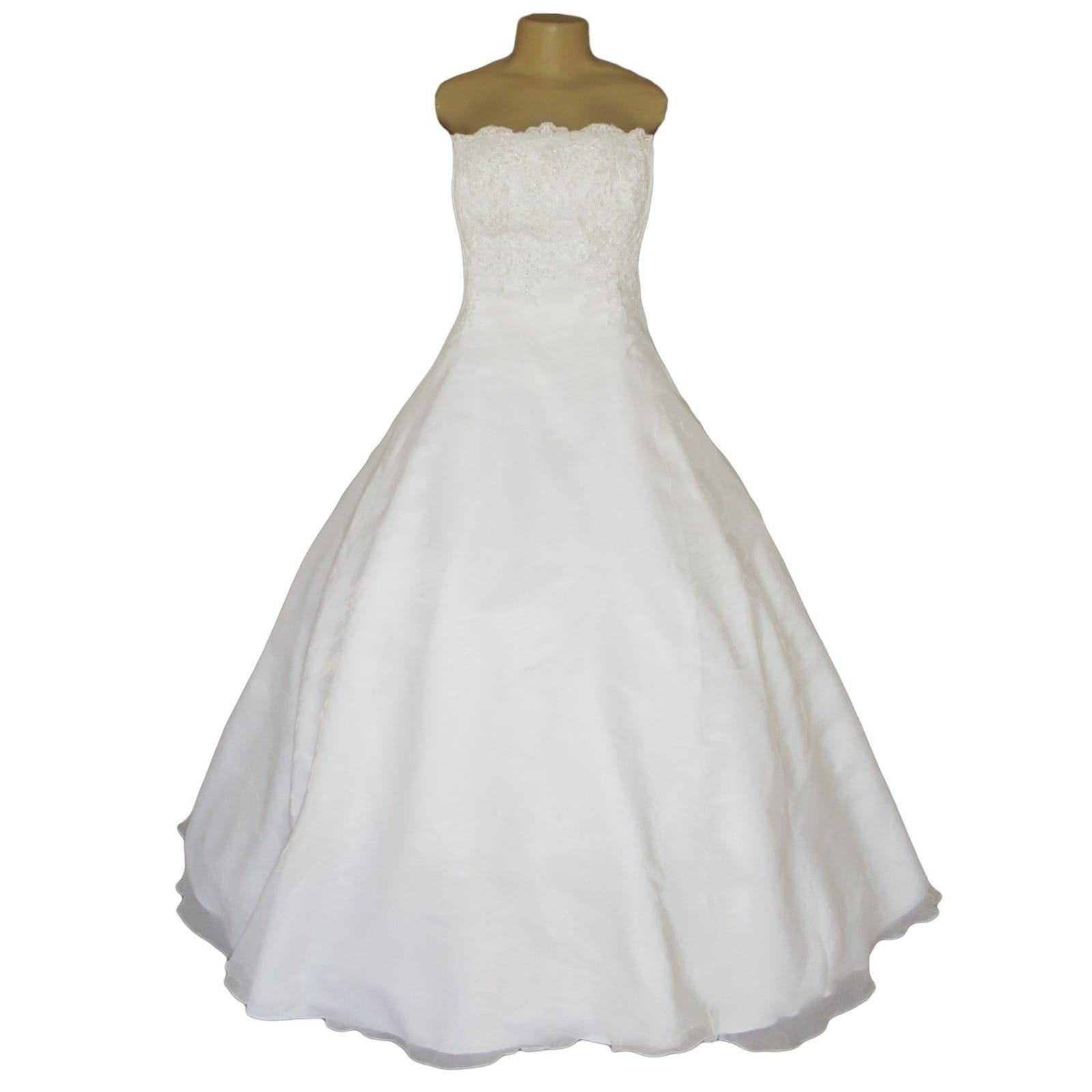 White organza a-line boob tube custom made wedding ball gown 10 white, organza, a-line, boob tube, custom-made wedding ball gown. Bodice detailed with lace. Lace-up back. With a train & removable off-shoulder pleated organza straps detailed with lace. With shimmer blush length veil.