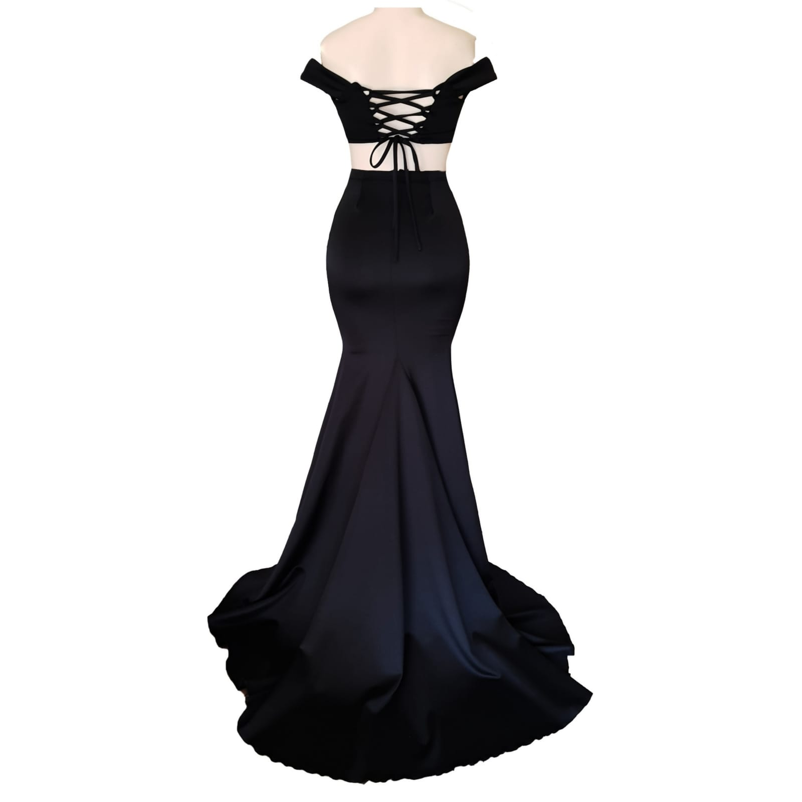 2 piece black off shoulder matric dance dress with a crop top 7 2 piece black off shoulder matric dance dress with a crop top. Lace-up back. Long skirt with knee length slit and a train.