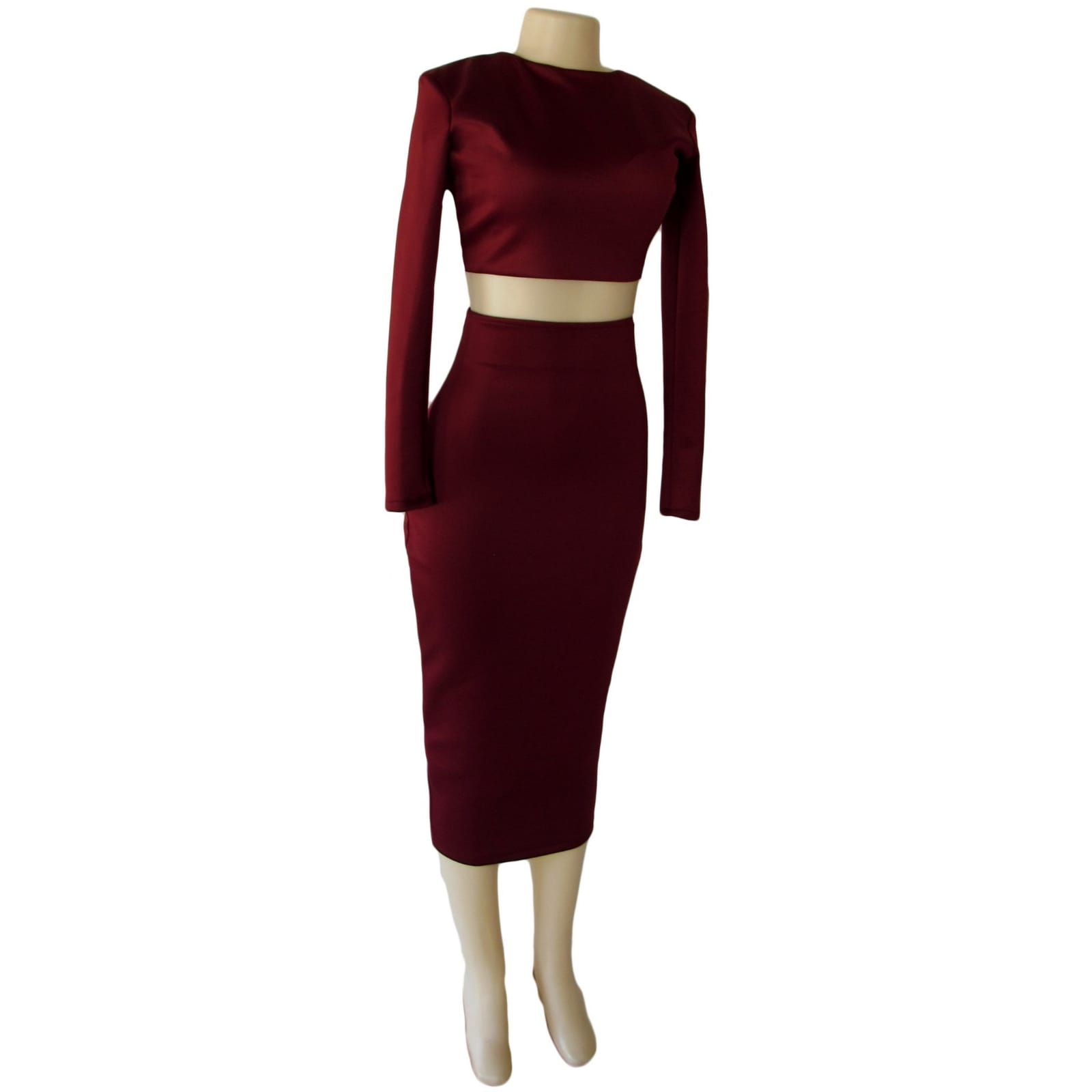 2 piece maroon tight fitting smart casual outfit 7 2 piece maroon tight fitting smart casual outfit. With a crop top, long sleeves and 3/4 length tight fitting skirt