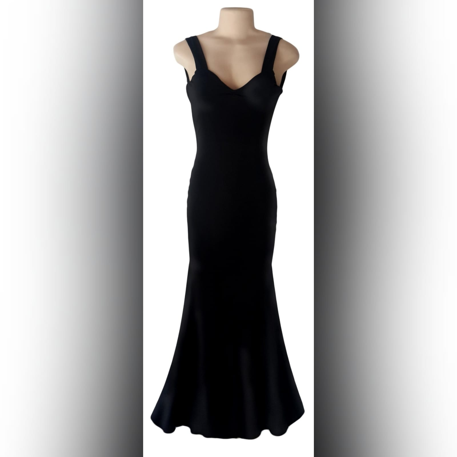 Black sexy evening dress fitted till the hip 4 black sexy evening dress fitted till the hip, with a low v open back. Straps with a sweetheart neckline.