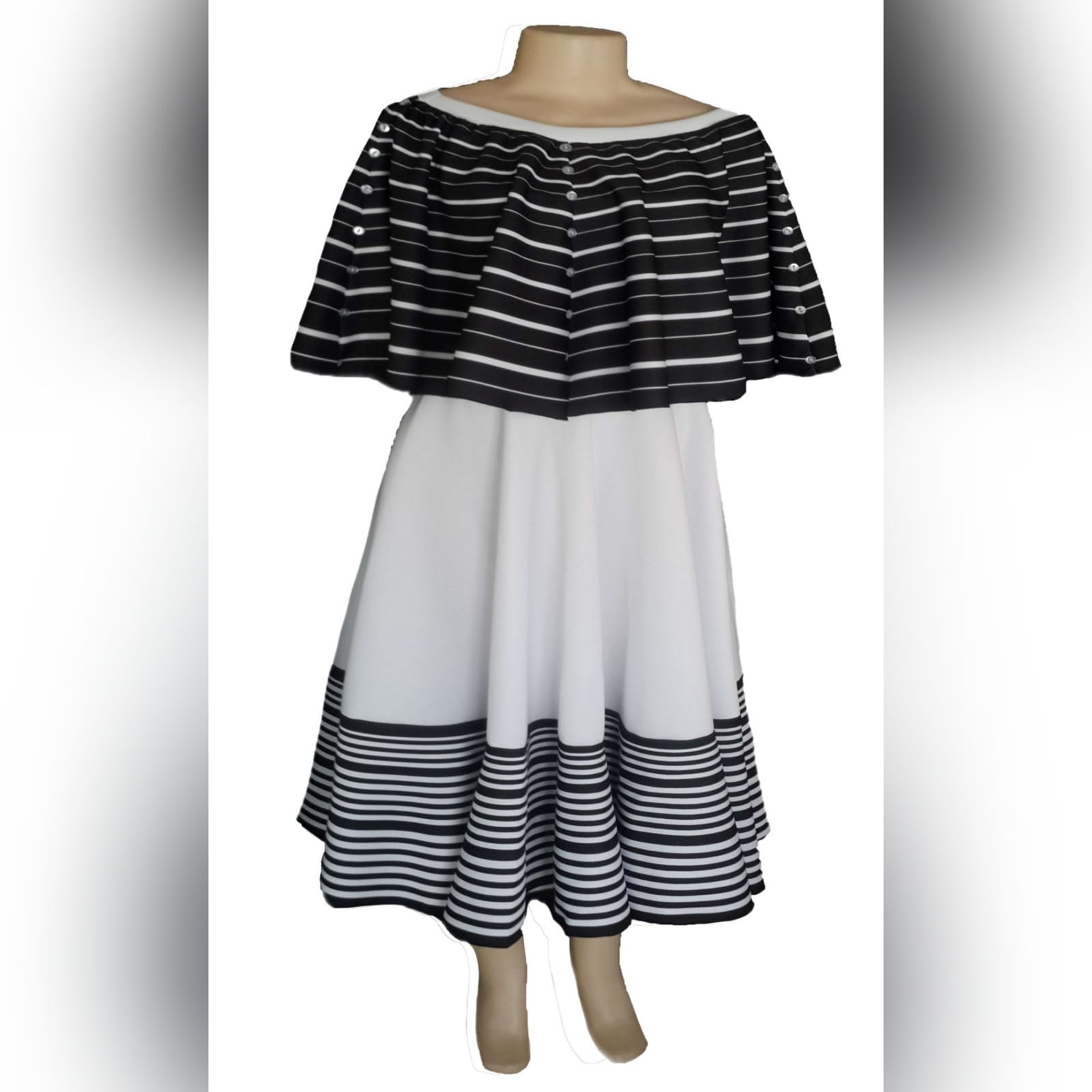 Black and white 2 piece modern traditional dress 6 xhosa black & white 2 piece modern traditional dress. Boob tube dress with a removable poncho