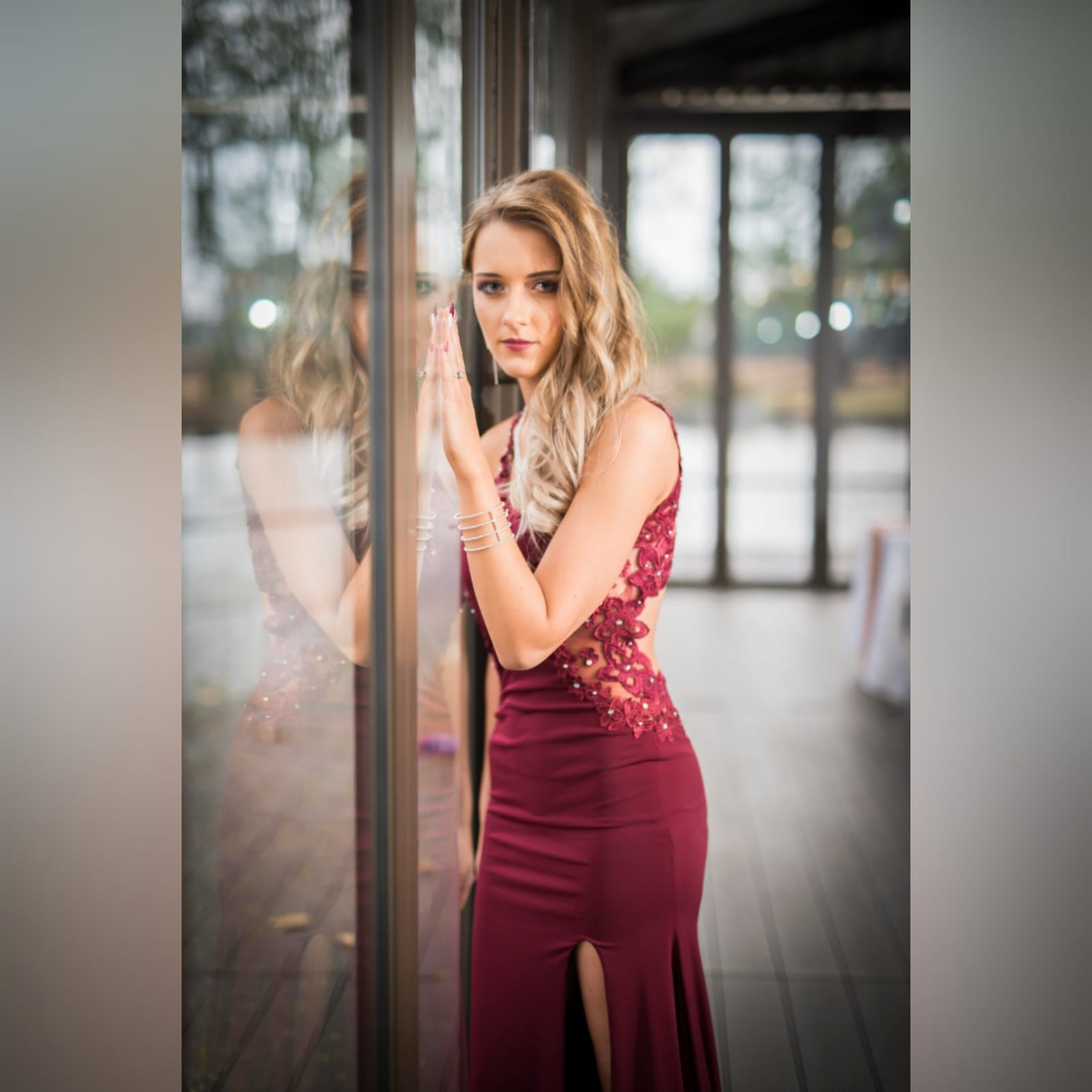 Burgundy long sexy matric farewell dress 5 burgundy long sexy matric farewell dress with an illusion lace low back and side tummy. Sweetheart neckline detailed with lace. With a slit and a train.