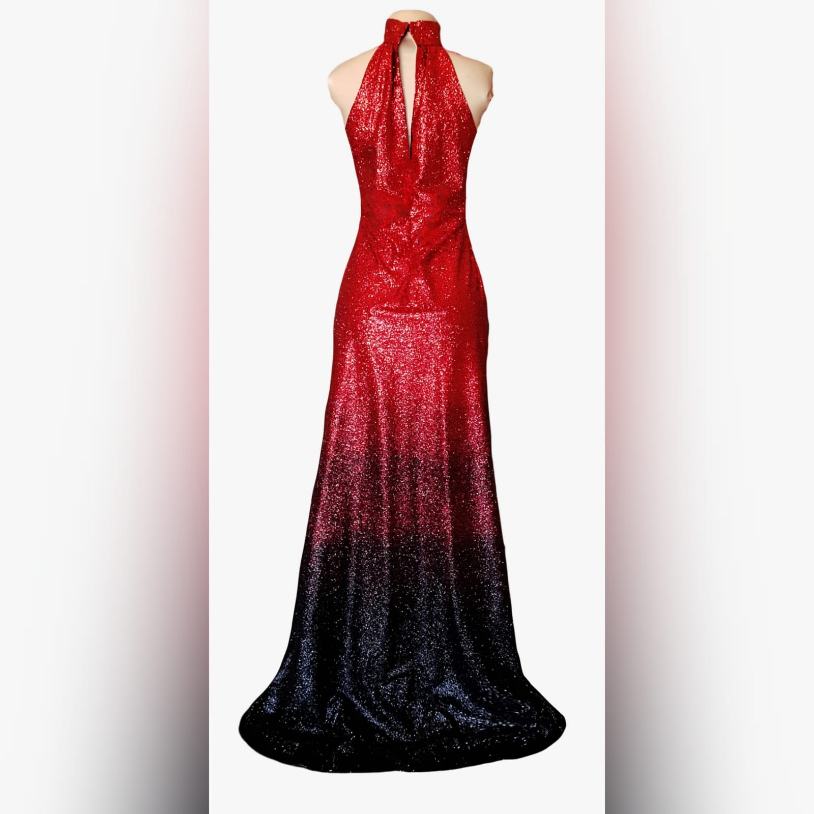 Glittered red and black ombre evening dress 10 want to be the shine at your prom gala? Wear a stunning fully glitter red and black ombre evening dress. With a high slit for a touch of sexy to your radical look.