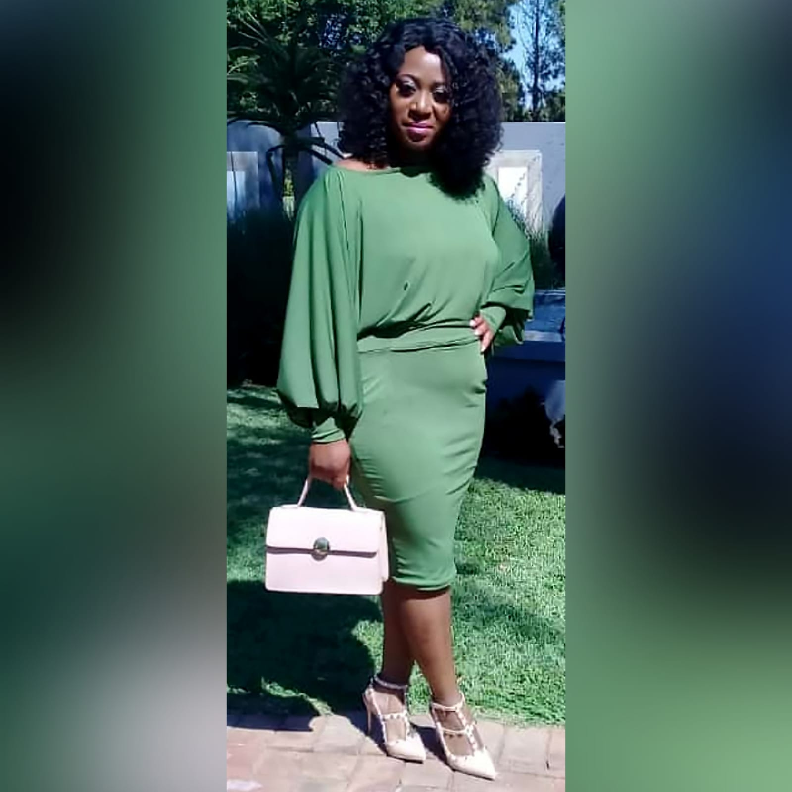 Green knee length smart casual dress 1 green knee length smart casual dress with long bounce sleeves and bodice with a fitted bottom skirt