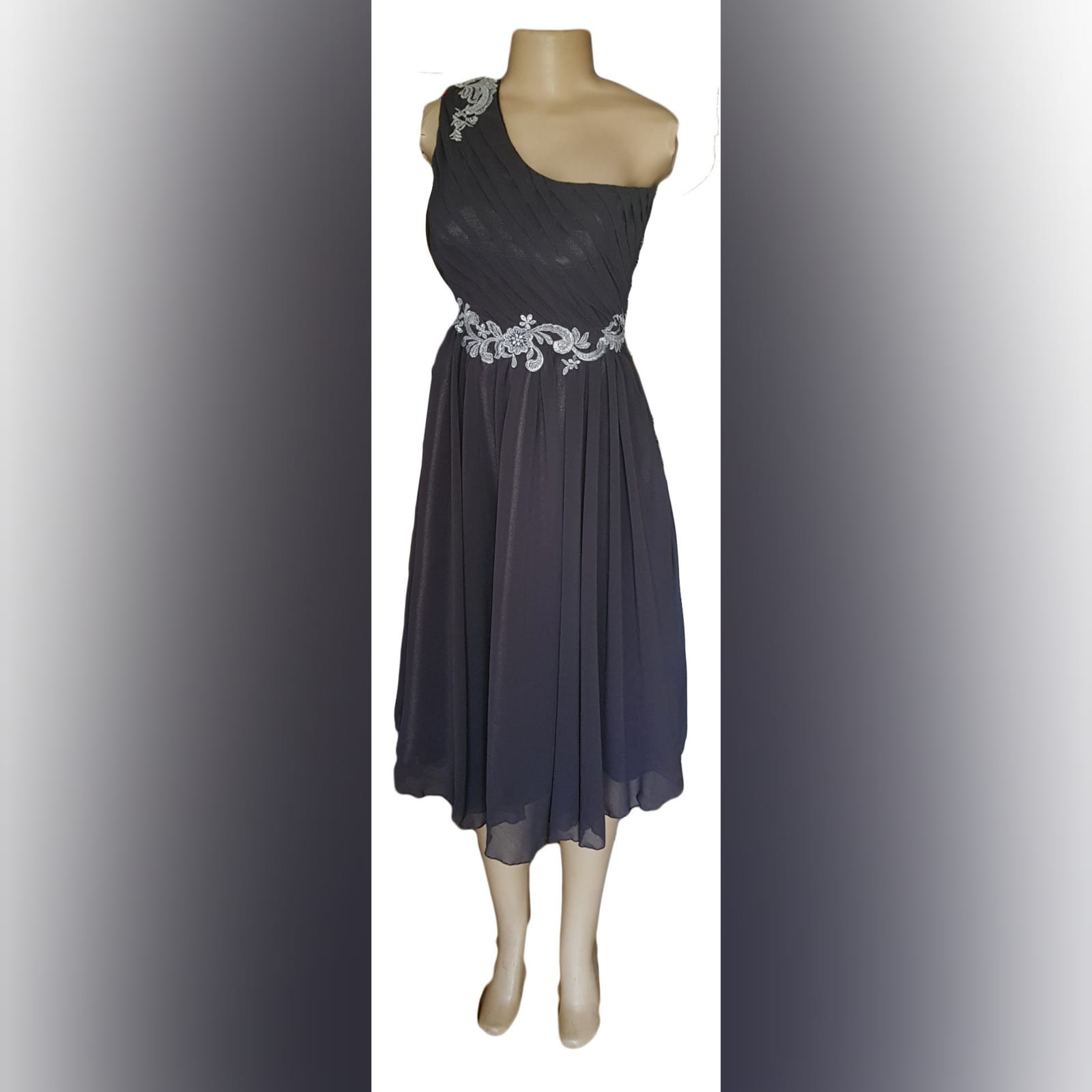 Grey & silver short maid of honour dress 6 grey & silver single shoulder knee length maid of honour dress with a ruched bodice