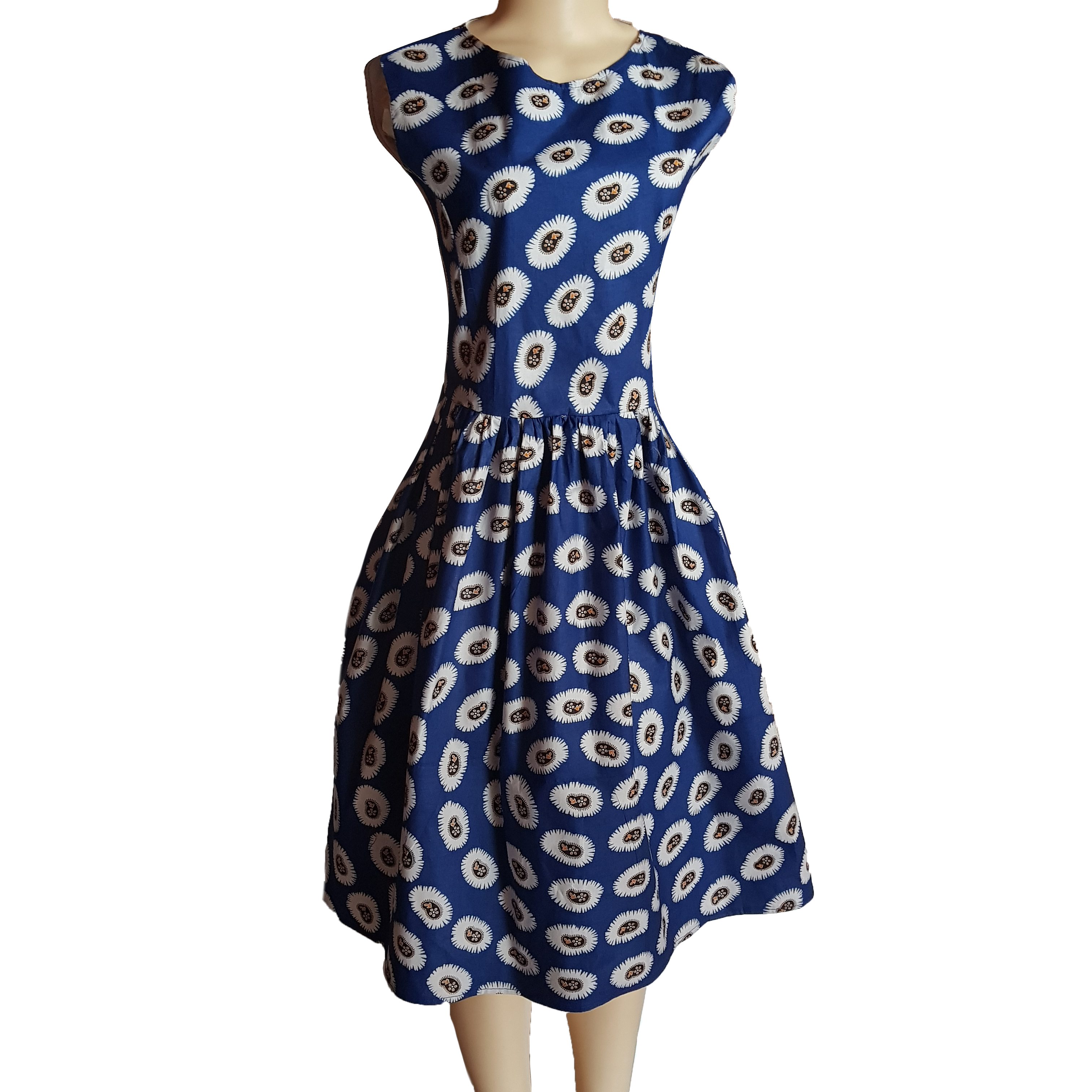 Modern traditional angolan print summer dress 6 an awesome look for spring and summer. An angolan traditional blue print made into a modern traditional summer dress, creating a comfortable and feel free dress for you to wear on a casual relaxing day out.