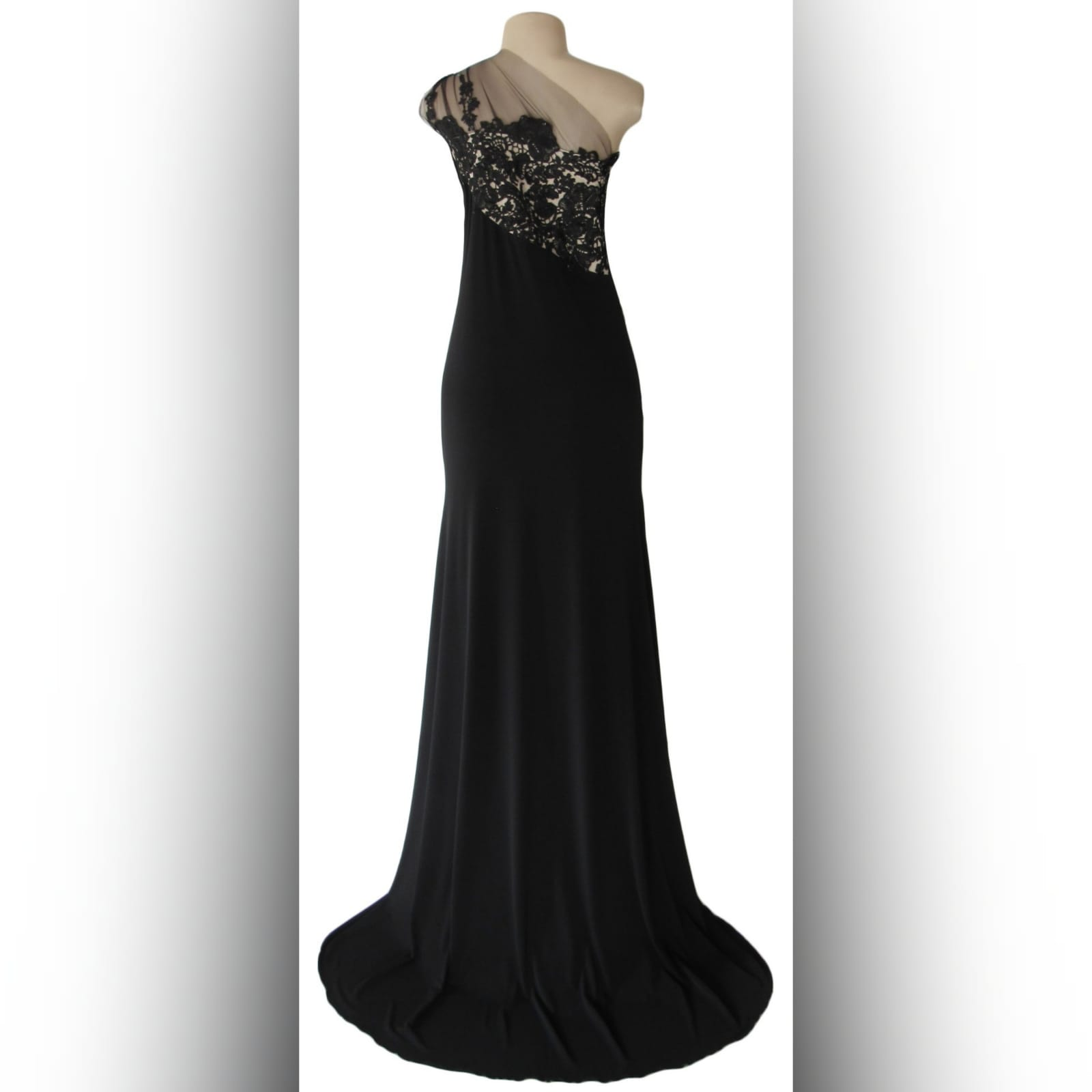 Long black evening dress with lace 2 single shoulder, lace bodice long black evening dress. With a slit and a train