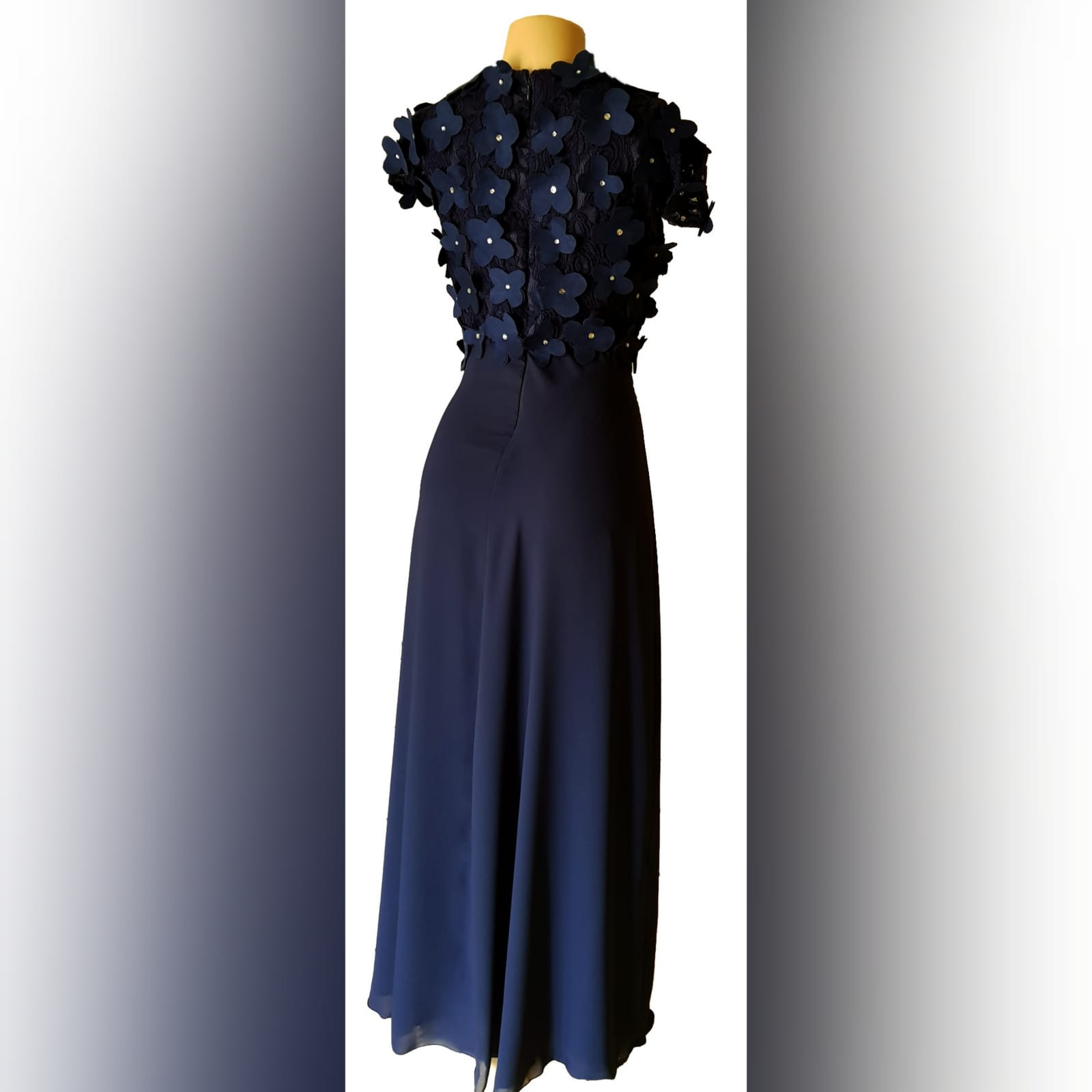 Navy blue long evening dress bodice 4 navy blue long evening dress bodice in lace with 3d suede flowers, detailed with silver beads.