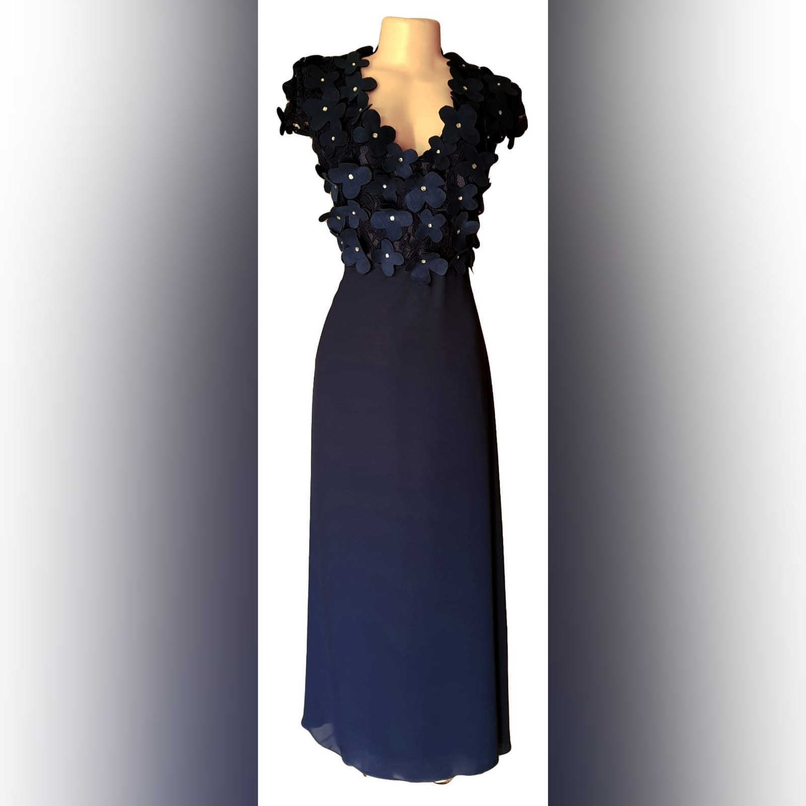 Navy blue long evening dress bodice 2 navy blue long evening dress bodice in lace with 3d suede flowers, detailed with silver beads.