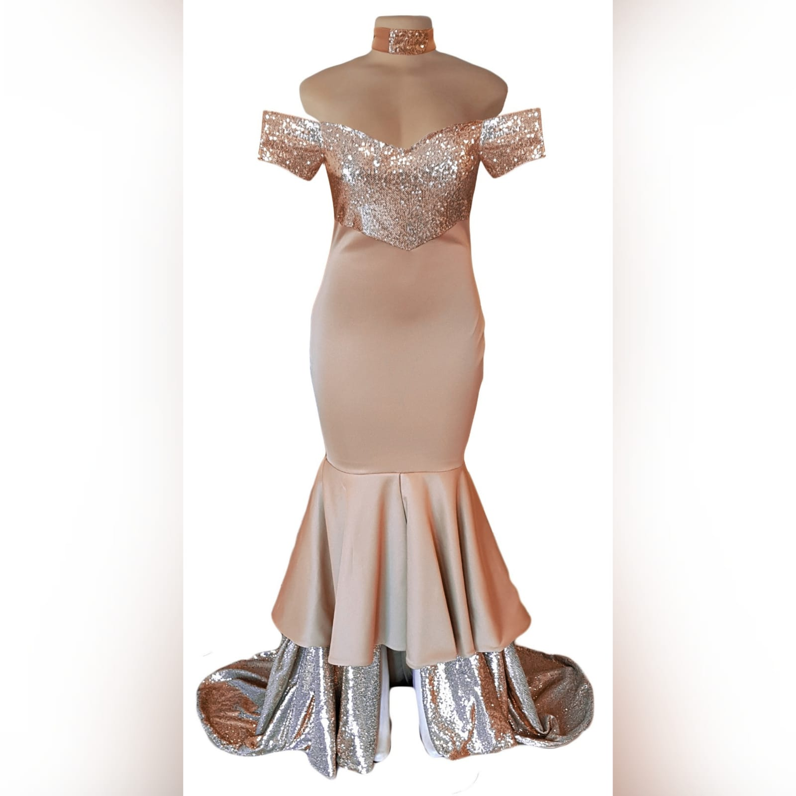 Rose gold 2 tone mermaid prom dress 7 rose gold 2 tone mermaid prom dress, off-shoulder dress with a sweetheart neckline and off-shoulder short sleeves. Double layer from knee down, with sequins, creating a train with a slit int the front middle. Comes with a matching choker.
