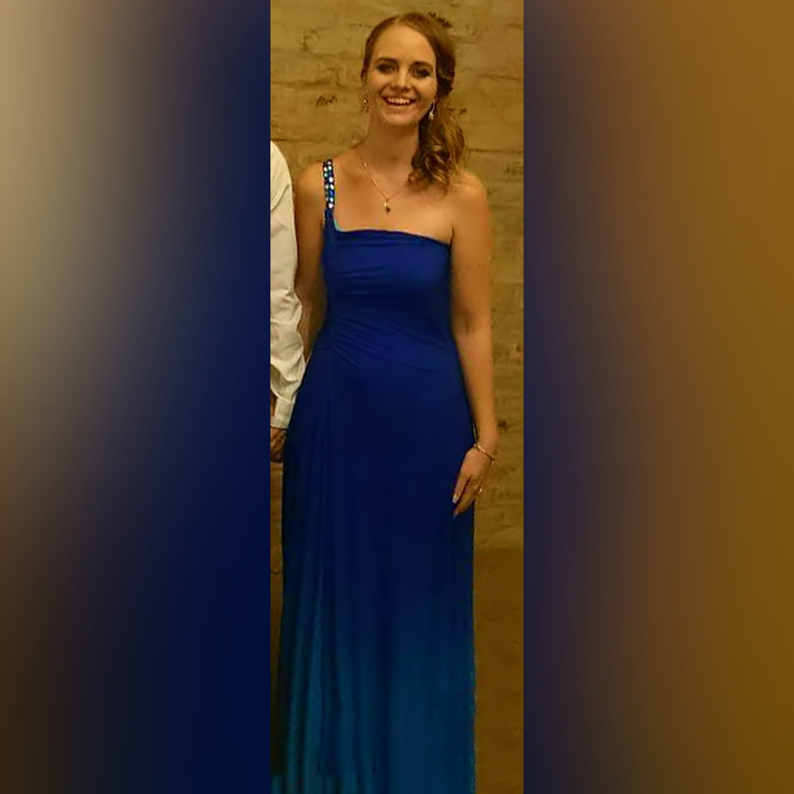 Blue ombre maid of honour dress 2 blue ombre maid of honour dress with a single beaded/bling shoulder design.