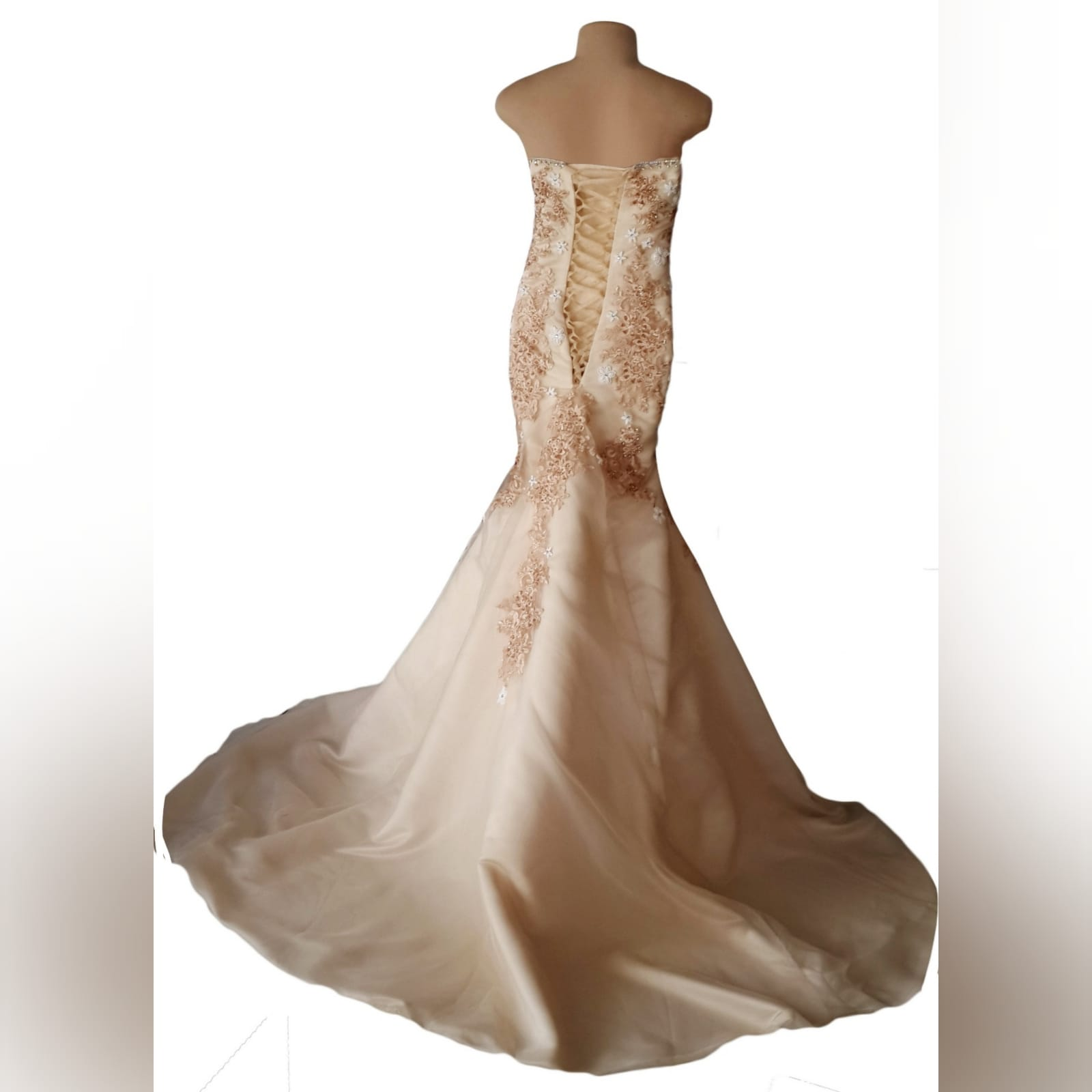 Sweet heart boob tube champagne wedding dress 4 champagne & white mermaid wedding dress, sweet heart boob tube with a lace up back. Bodice detailed with lace & beads