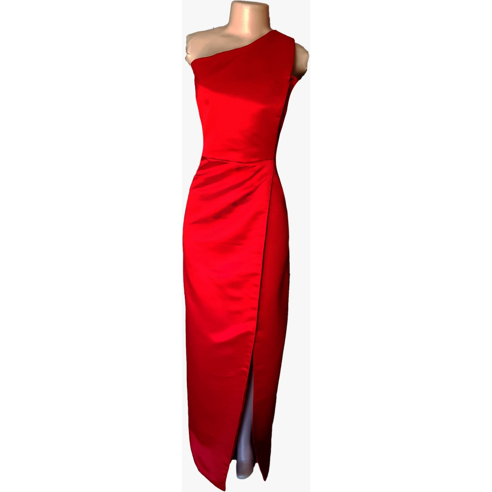 Bright red duchess satin single shoulder prom dress 6 bright red duchess satin single shoulder prom dress. Straight fit with a crossed slit.
