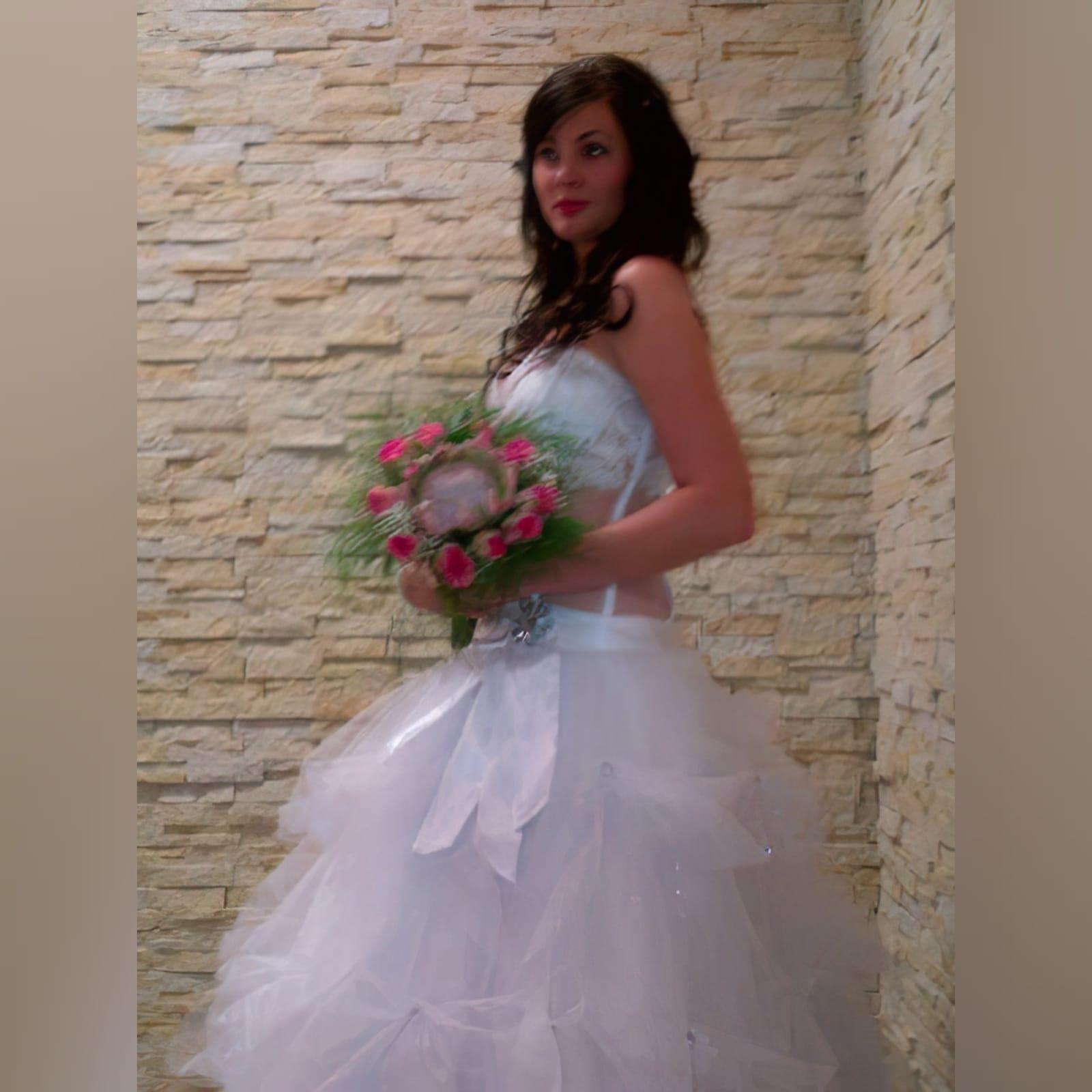 White wedding brides ball gown dress 2