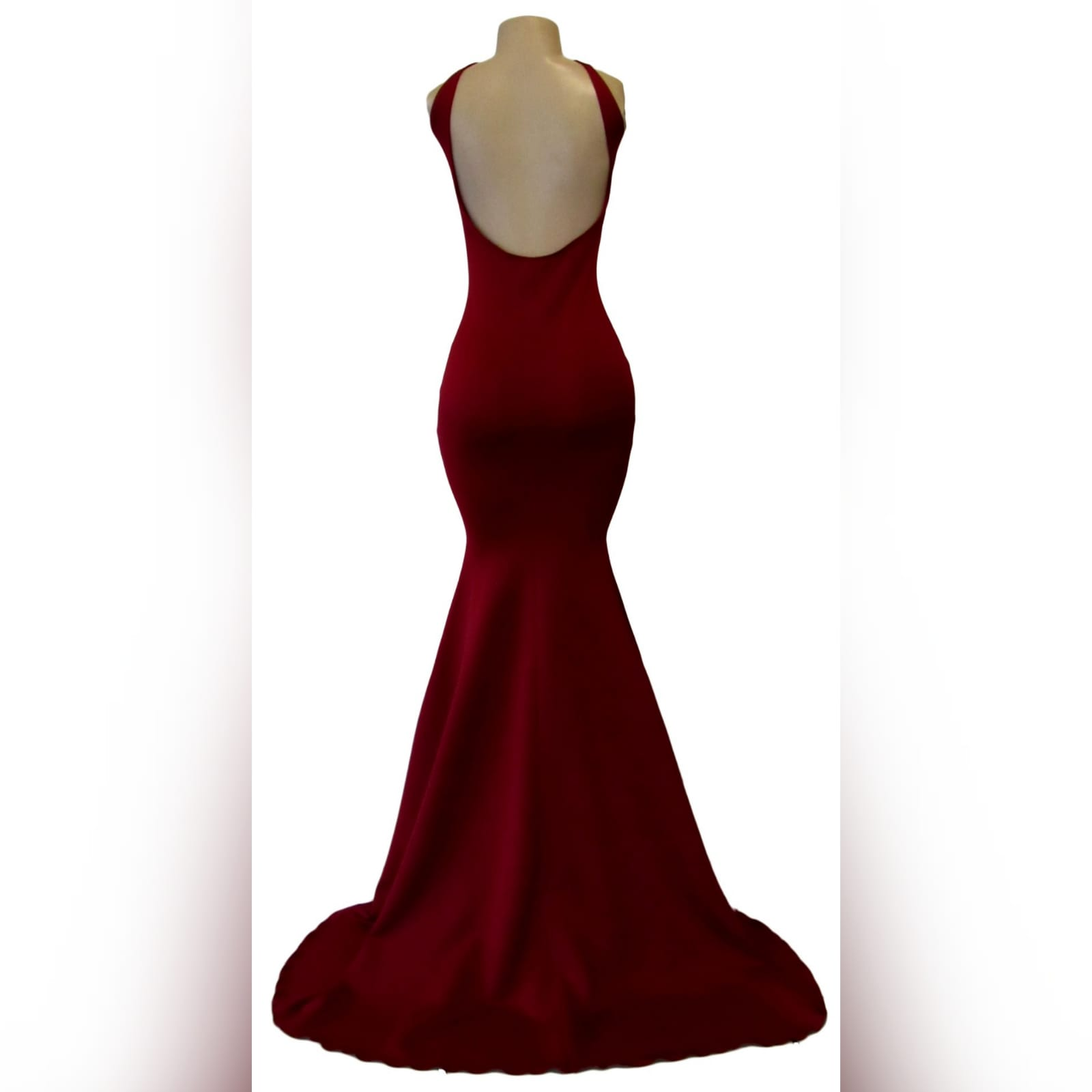 Maroon simple soft mermaid prom dress 5 maroon simple soft mermaid prom dress with a squared neckline, low rounded open back and a little train.