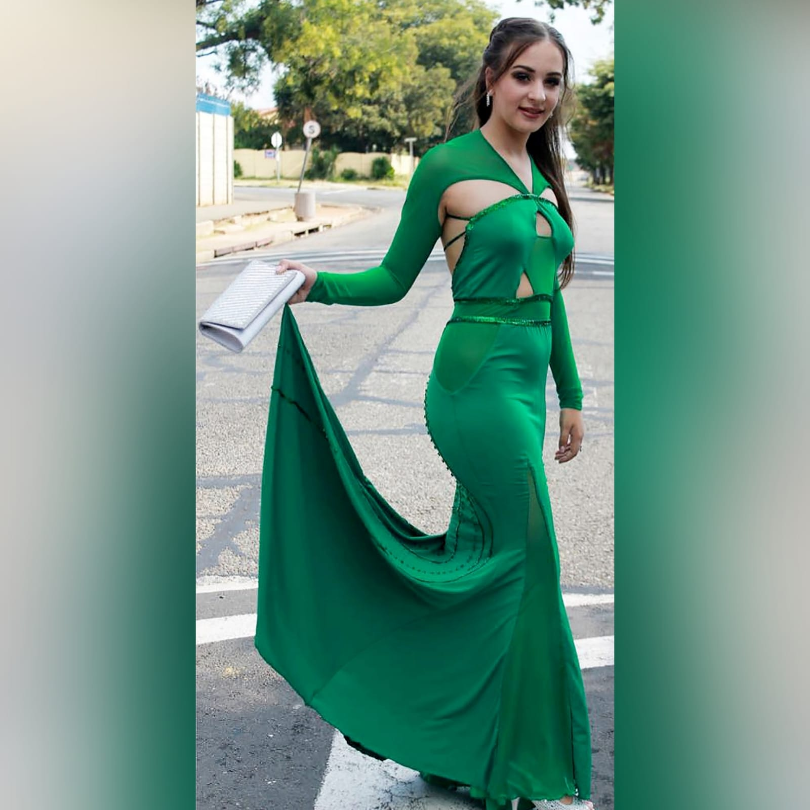 Green soft mermaid sexy unique evening dress 1 green soft mermaid sexy unique evening dress. Long sleeves, shoulders and leg panels in a slightly translucent fabric. A low open back detailed with sequins and beads.