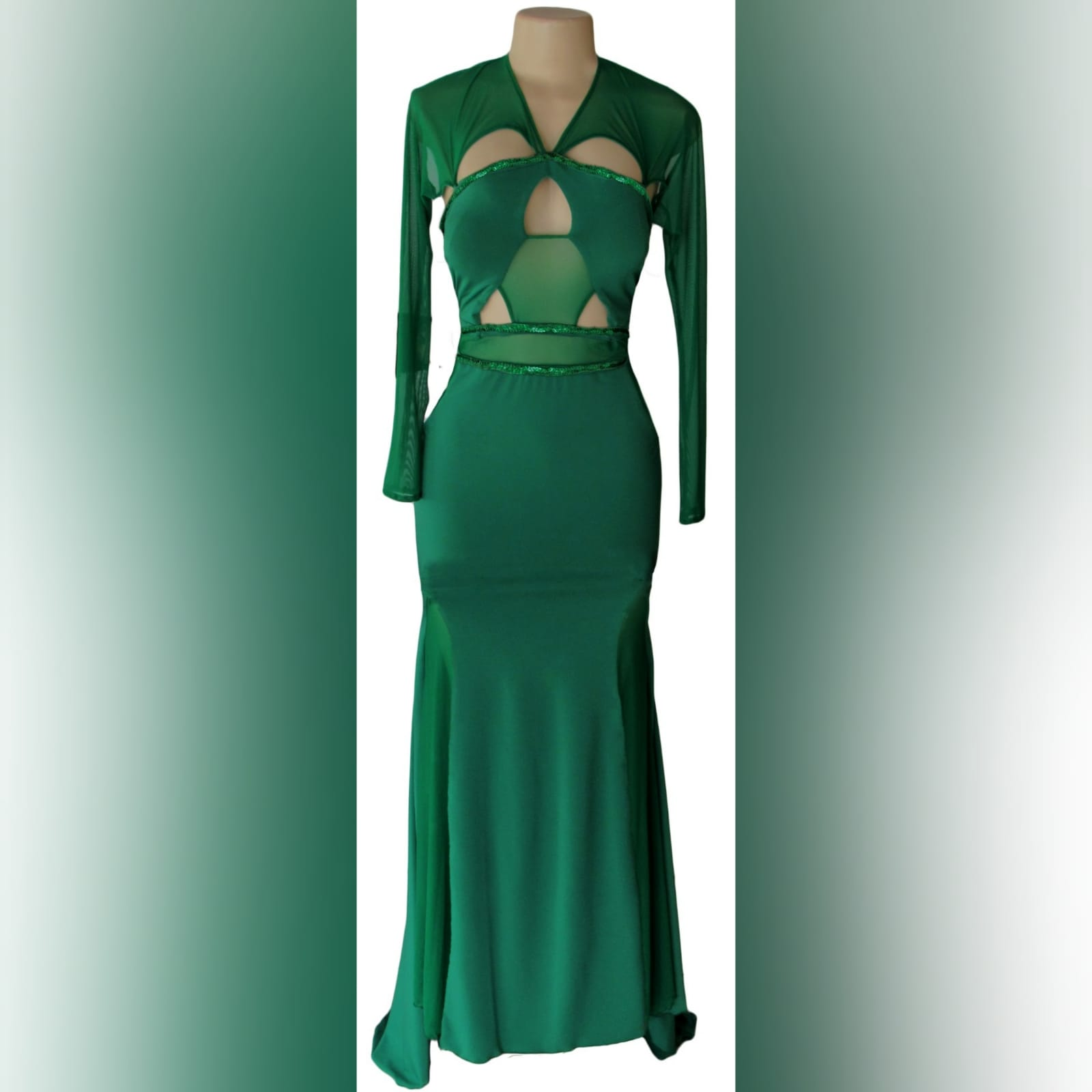 Green soft mermaid sexy unique evening dress 6 green soft mermaid sexy unique evening dress. Long sleeves, shoulders and leg panels in a slightly translucent fabric. A low open back detailed with sequins and beads.