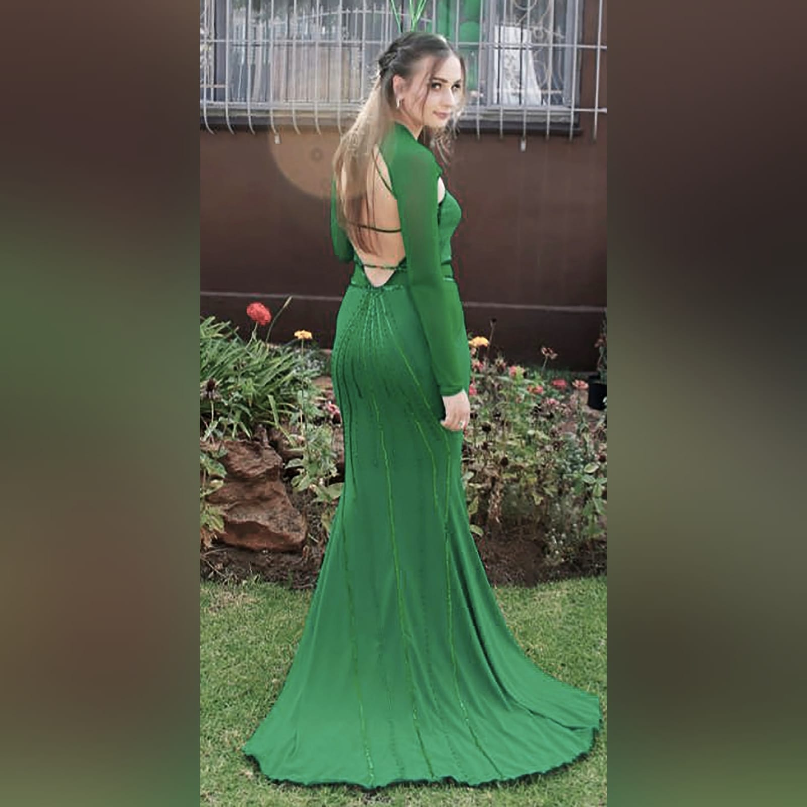 Green soft mermaid sexy unique evening dress 7 green soft mermaid sexy unique evening dress. Long sleeves, shoulders and leg panels in a slightly translucent fabric. A low open back detailed with sequins and beads.