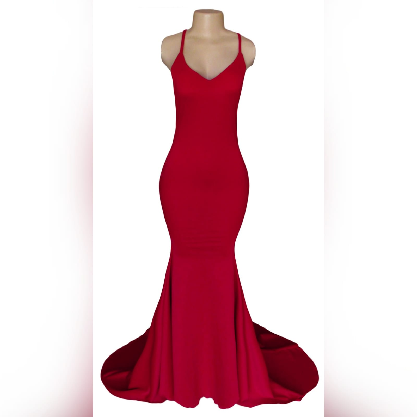 Red soft mermaid prom dress with a v neckline 5 red soft mermaid prom dress with a v neckline, a low open back and thin crossed shoulder straps, with a train.
