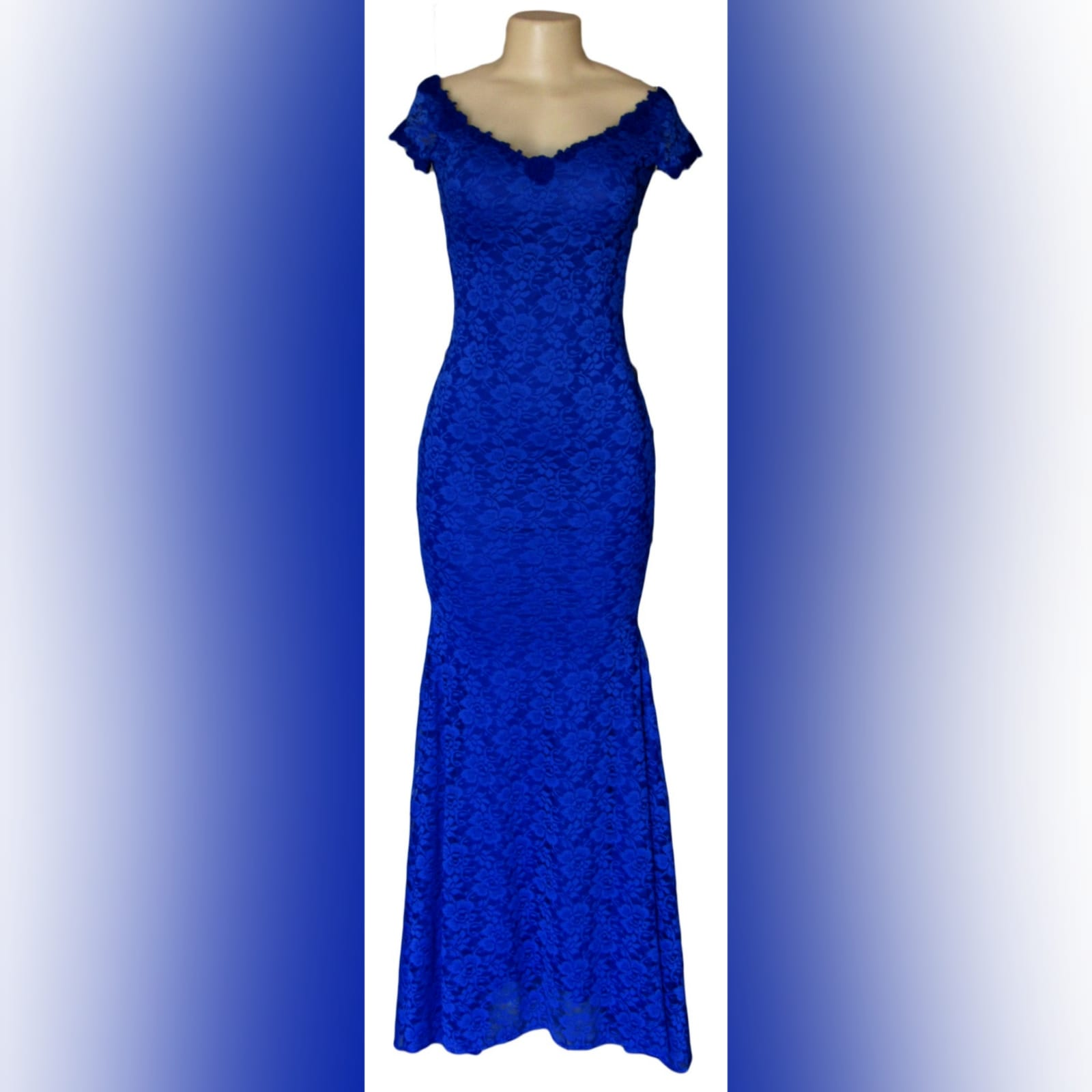 Royal blue fully lace prom dress 5 royal blue fully lace prom dress. An elegant simple design fitted till the hip with a slight flare. An off-shoulder neckline and cap sleeves detailed with guipure lace.