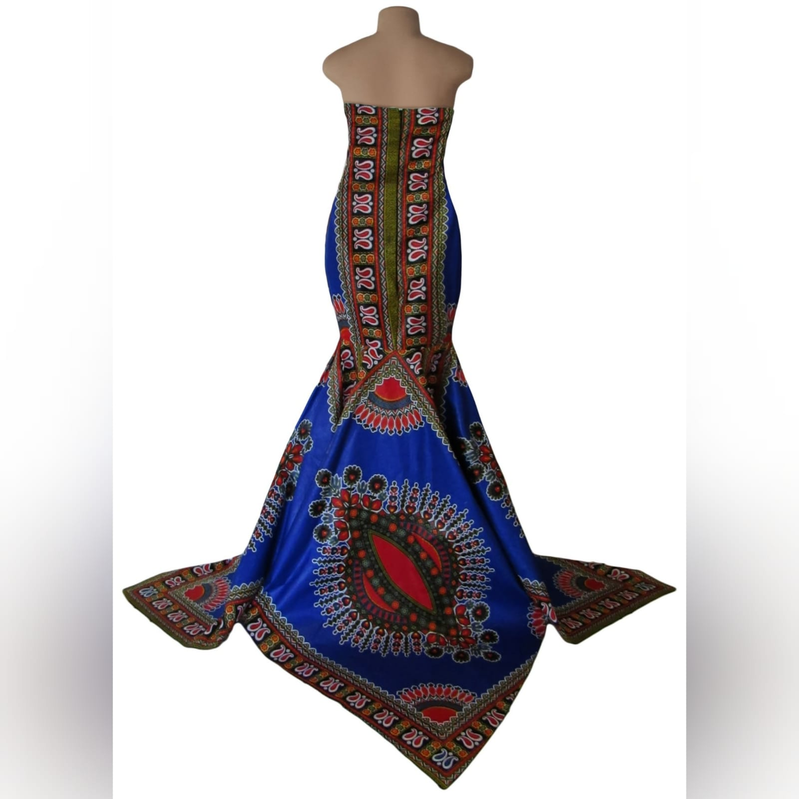 Soft mermaid formal printed dress 7 soft mermaid formal printed dress was worn for a special occasion. This mermaid dress is made with a traditional dashiki print, with a 3 point train.