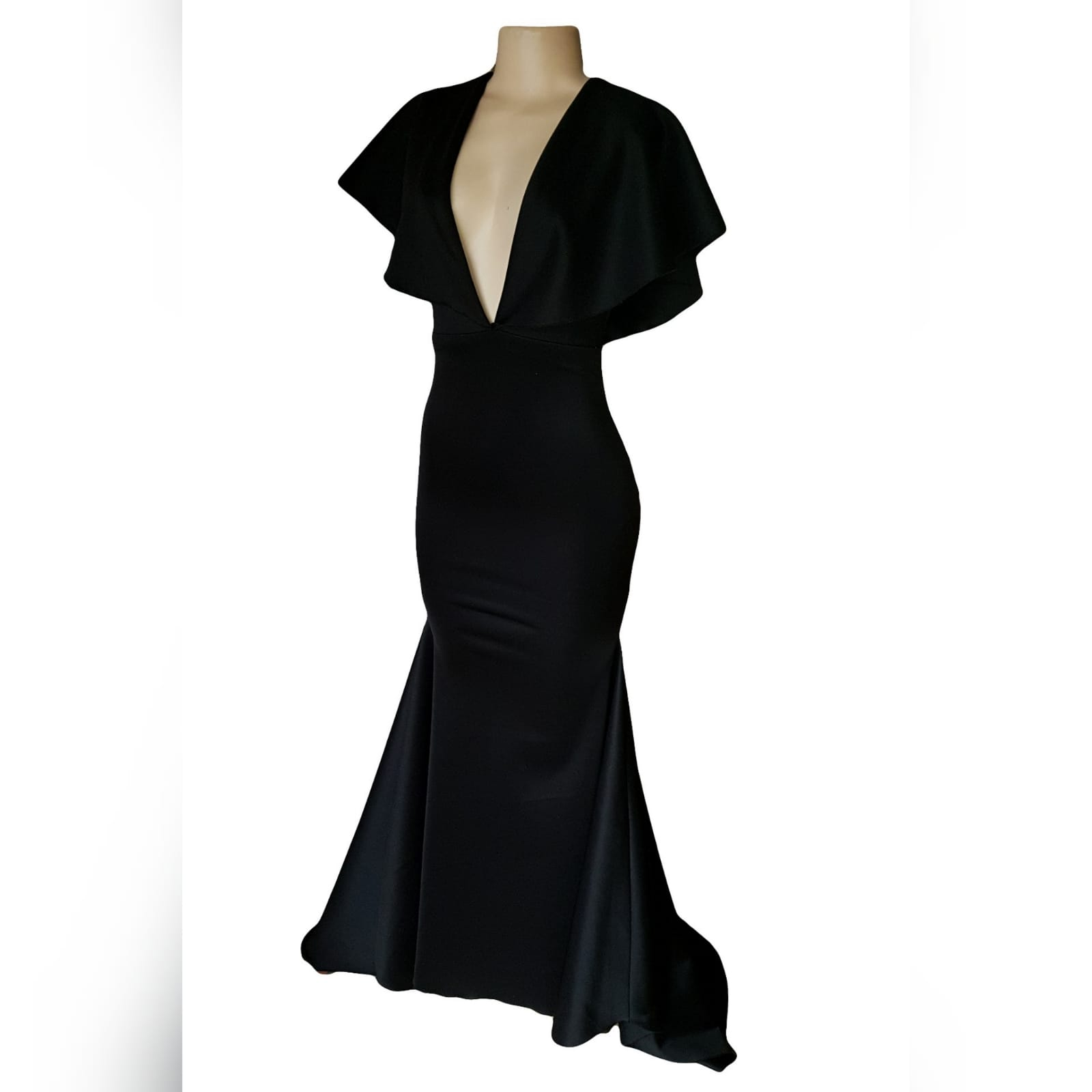 Black soft mermaid simple elegant evening dress 7 black soft mermaid simple elegant evening dress, made for prom night. With a plunging neckline, naked back, wide loose sleeves effect and a train