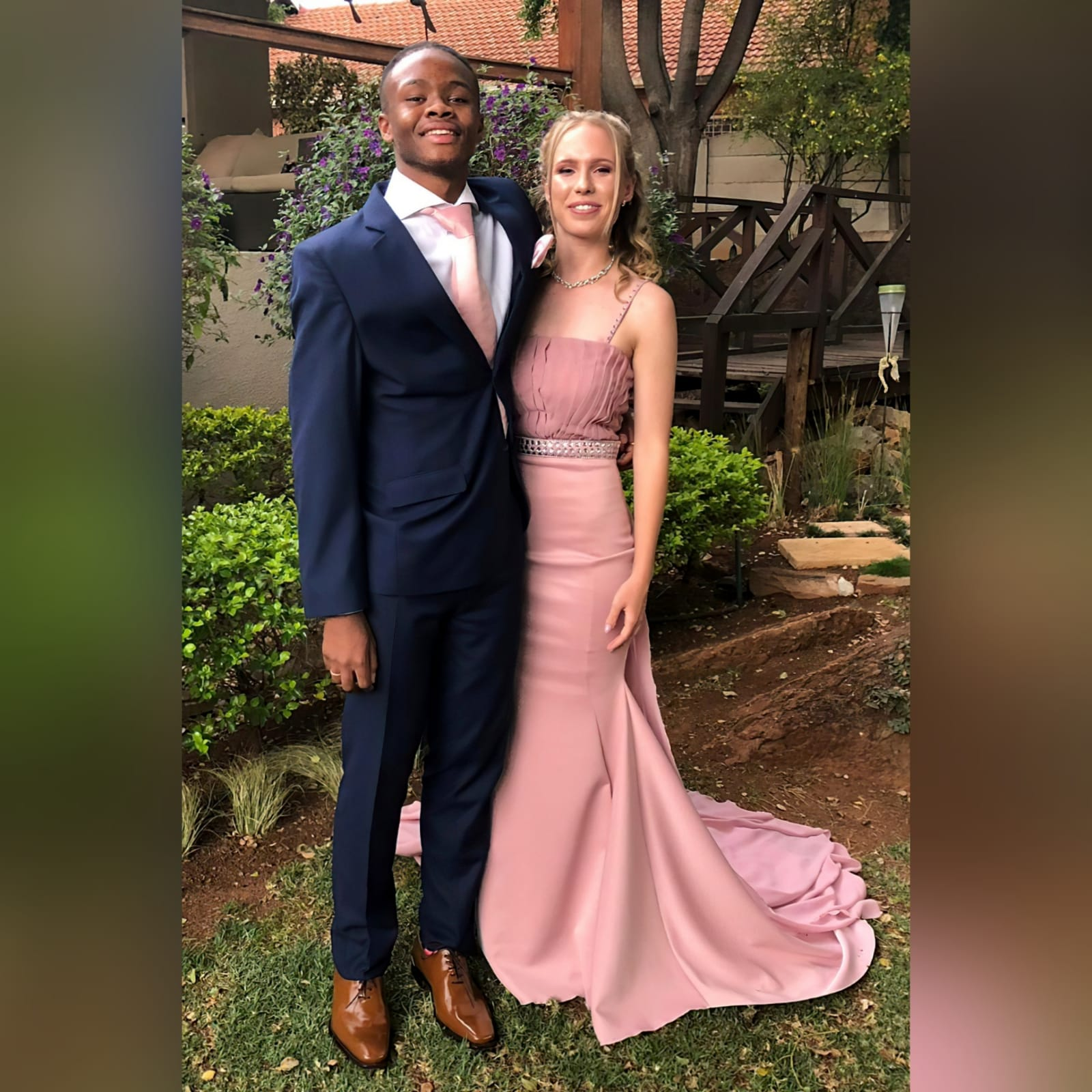 Dusty pink soft mermaid matric dress with a pleated bodice 5 dusty pink soft mermaid matric dress with a pleated bodice, with a train. Extra detachable chiffon train with a beaded belt and removable shoulder straps