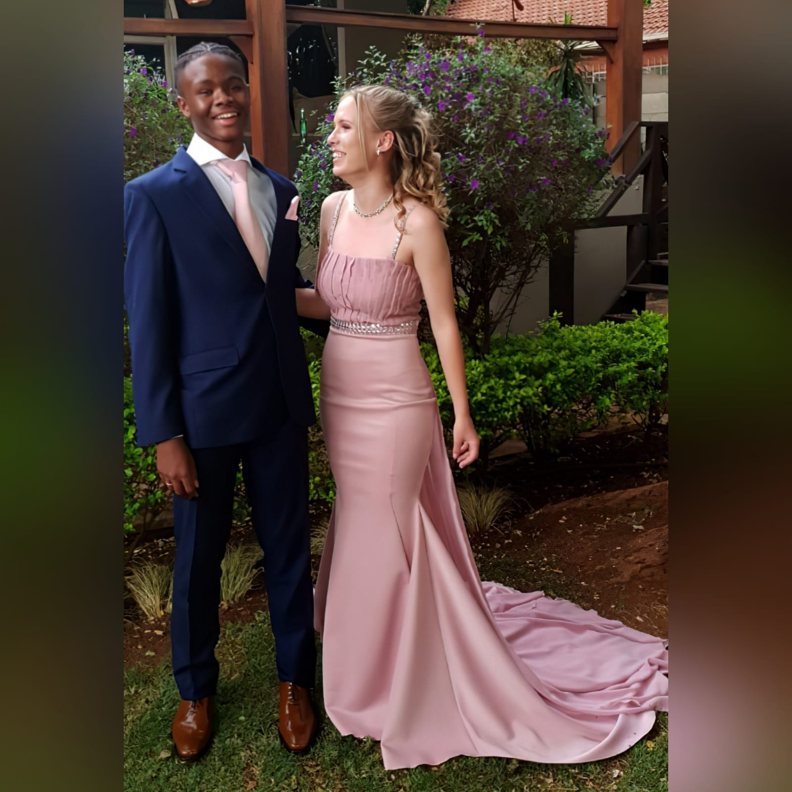 Dusty pink soft mermaid prom dress with a pleated bodice 9 dusty pink soft mermaid prom dress with a pleated bodice, with a train. Extra detachable chiffon train with a beaded belt and removable shoulder straps