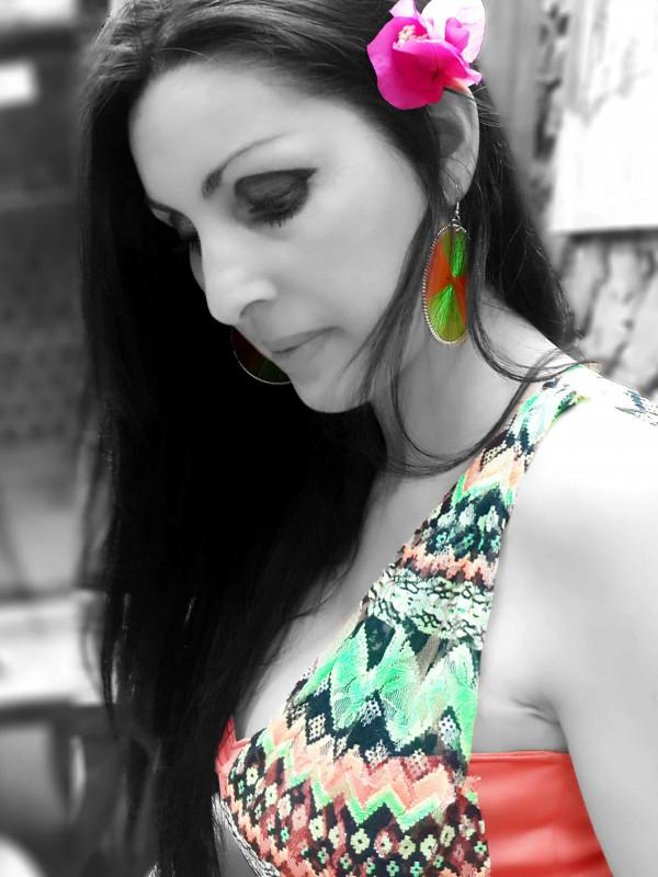 Marisela-veludo-multi-colour-dress-edit-3x4. Jpg