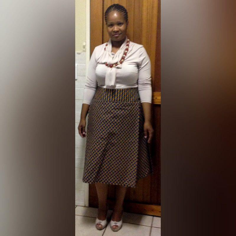 Shweshwe traditional high waisted skirt brown (3)