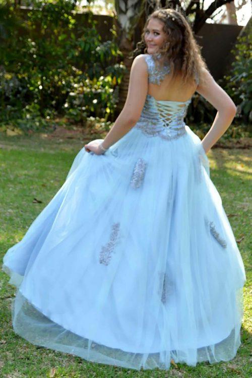 Custom-made-ball-gown-evening-dress-by-marisela-veludo. Jpg