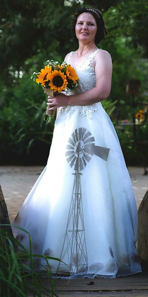 Custom-made-themed-wedding-dress. Jpg