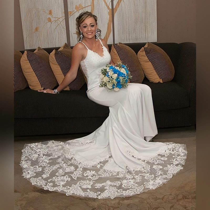 stunning white soft mermaid lace wedding dress (3)